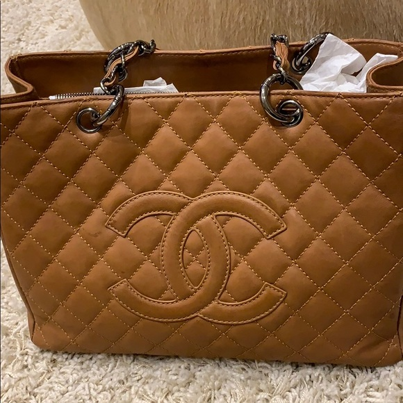 b3a2cf850dca CHANEL Bags | Camel Colored Tote | Poshmark